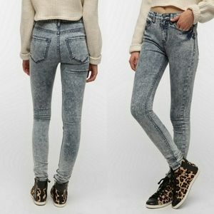 Urban Outfitters BDG High Waisted Twig Skinny Jean